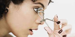 How To Curl Your Eyelashes How To Curl Your Eyelashes Without Damage Eyelash Curler Tips