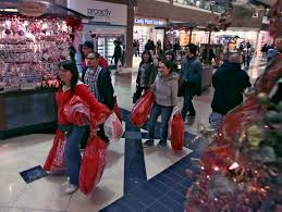 black friday shoppers at glendale galleria