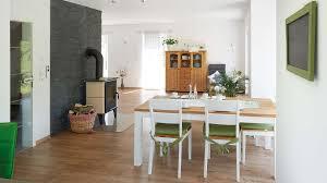 Esszimmer Graue Wand Satteldachhäuser R 98 10 Www Fingerhuthaus De