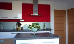 cuisiniste pontivy mur de cuisine mur cuisine framboise excellent modele de