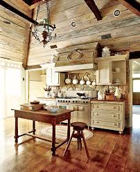 camp boxwoods traditional home