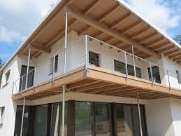 balkon mit treppe balkone geländer produkte maurhart at sanierung ideen