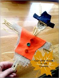 scarecrow wooden spoon puppet u2013 autumn fall crafts for kids