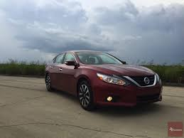 nissan altima sport 2016 the 2016 nissan altima reviewed designed to move txgarage