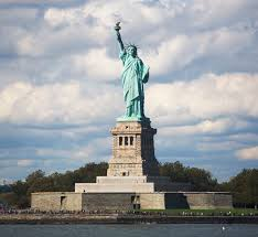 10 famous landmarks and their interesting history american landmarks