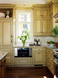 what color goes with yellow kitchen cabinets kitchen cabinet color choices yellow kitchen cabinets