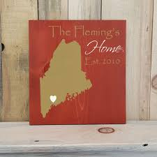 state shaped gifts maine primitive state shaped family sign personalized state