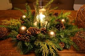 Christmas Hurricane Centerpiece - 23 christmas centerpiece ideas that will raise everybody u0027s