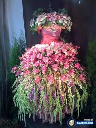 real flowers amazing cool awesome dress made with real flowers costumes designs