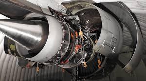 Turbine Engine Mechanic Replacing The World U0027s Largest Jet Engine At 40 Below