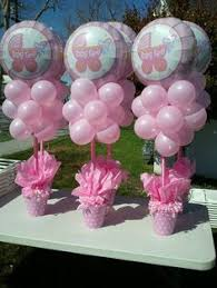 How To Make Baby Shower Centerpieces by Love Our Confetti And Tulle Balloons With Gold Acrylic Initial For