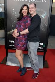 halloween horror nights pregnant policy kate siegel u0027halloween horror nights u0027 opening night in universal
