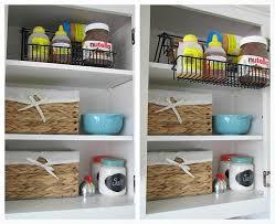 cheap ways to organize kitchen cabinets organize kitchen cabinets 2410