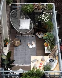 idee deco jardin japonais des idées déco pour votre balcon balcons les plantes et fauteuils