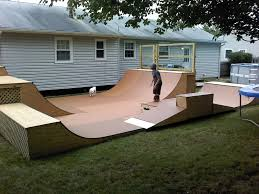 Backyard Skatepark I Bet That I Could Stretch A Design Like This - Backyard skatepark designs