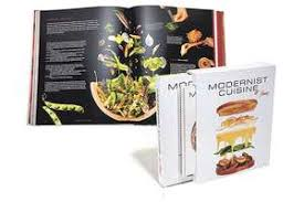 modernist cuisine at home cartea modernist cuisine at home nathan myhrvold 9780982761014