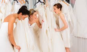 wedding sale 10 tips for wedding dress shopping at a trunk show jaehee bridal