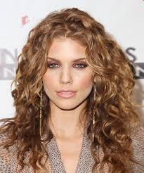 best haircut for curly hair spiral curls 9 best haircuts for