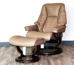 Leather Chair And A Half Recliner Ottoman Oversized Leather Chair And Ottoman A Half Recliner