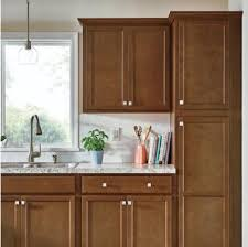 brown kitchen cabinets lowes kitchen cabinet buying guide