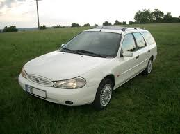 file ford mondeo mk2 turnier jpg wikimedia commons