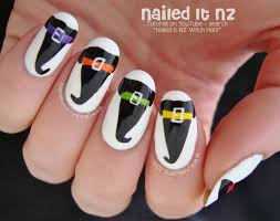 witch hat nail art for halloween