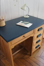 repeindre un bureau en bois bureau de comptable vintage disponible sur petit toit fr