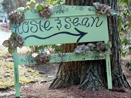 cheap wedding ideas 23 ideas for easy and cheap wedding signs and banners gac