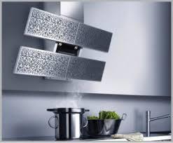 hottes de cuisine hotte de cuisine murale design original avec clairage int gr hottes