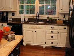 Antiqued White Kitchen Cabinets by Kitchen 39 Perfect Antique White Kitchen Cabinet Paint Following