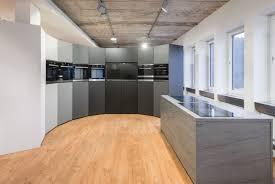 Anthracite Laminate Flooring Showroom Oranier Heiztechnik L Egger