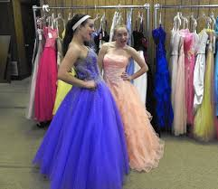 registrations for prom dress giveaways start now hartford courant