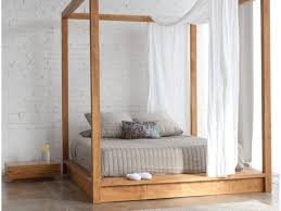 Canopy Bed Ideas Bed Ideas Simplistic Wooden Canopy Bed Frame Collect This Idea