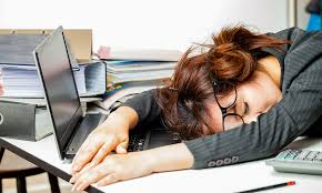 Sleeping At Your Desk Your Employees Are Falling Asleep On The Job Human Resources Online
