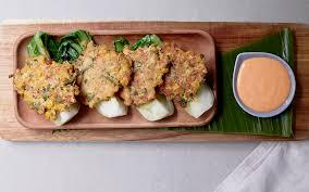 sriracha mayo vegetarian chicken and sweetcorn fritters with sriracha mayo