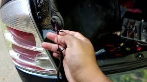 how to fix license plate lights problem on 2007 2012 nissan