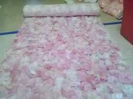 petal aisle runner diy petal aisle runner weddingbee