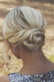 Hochsteckfrisurenen Locken Kurz by Die 25 Besten Hochsteckfrisuren Kurze Haare Ideen Auf