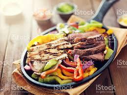 cuisine mexicaine fajitas cuisine mexicainepoêle fajitas toujours appréciées des steaks et du