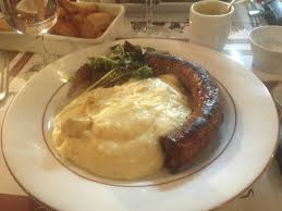 cuisine auvergne auvergne sausage with cheesy puree picture of au bistrot