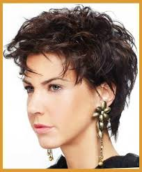 best haircut for wirey hair short chunky hairstyles for thick curly hair round faces and