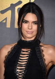 ponytail haircut where to position ponytail kendall jenner hair mtv movie awards 2016 kendall jenner bubble
