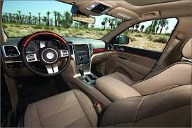 Jeep Overland Interior Jeep Grand Cherokee Overland 4x4 Comparison Tests Comparisons