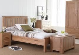 Solid And Rustic Oak Bedroom Furniture UK  Stylish Pieces For - Oak bedroom furniture uk
