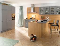 landhausküche grau global küche 55 230 55 100 landhausküche in lack grau und eicheoptik