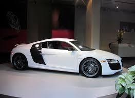 voiture de sport voiture de sport blanche v10 images gratuites images gratuites