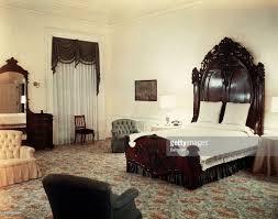 White House Furniture The White House A Dump According To Trump President Trump Calls