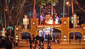 enchanted forest christmas lights santa s enchanted forest miami s christmas themed amusement park