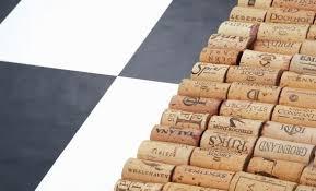 tappeto con tappi di sughero come fare un tappeto con i tappi di sughero fai da te in soli 5