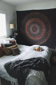 Circle Hanging Bed by Best 25 Tapestry Bedroom Ideas On Pinterest Tapestry Bedroom